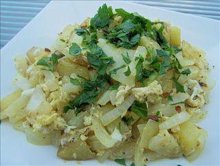 De Gevulde Olijf: Aardappel en ei salade - Patatesli Yumurta