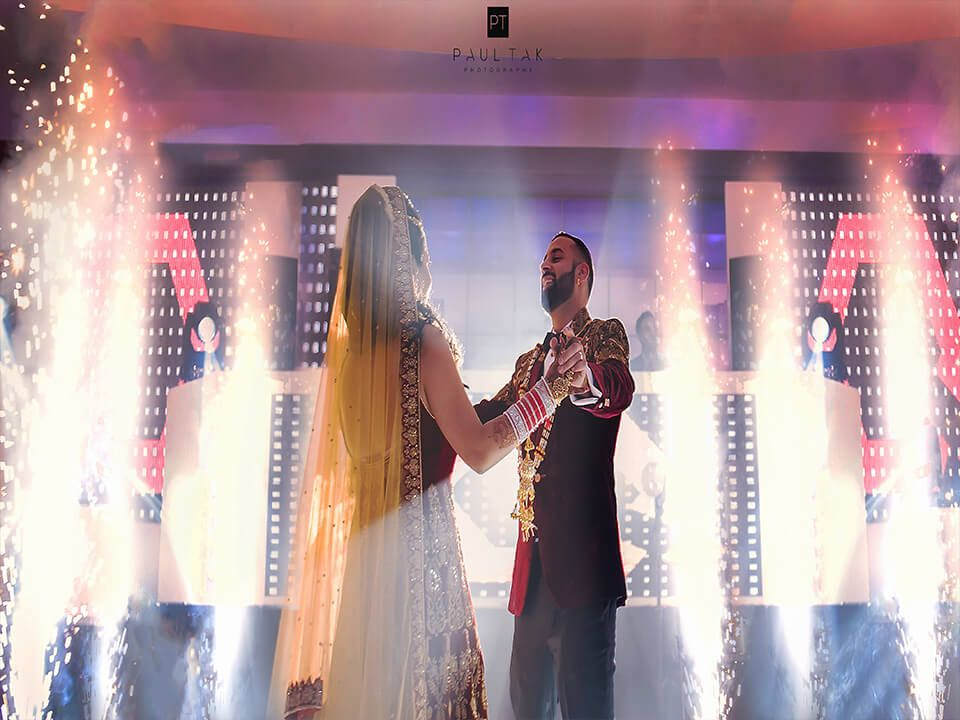 Bliss Entertainment A Birmingham Based Company That Specializes In Indian Wedding Dj In London We Will Rock Y Luxury Indian Wedding Wedding Dj Indian Wedding