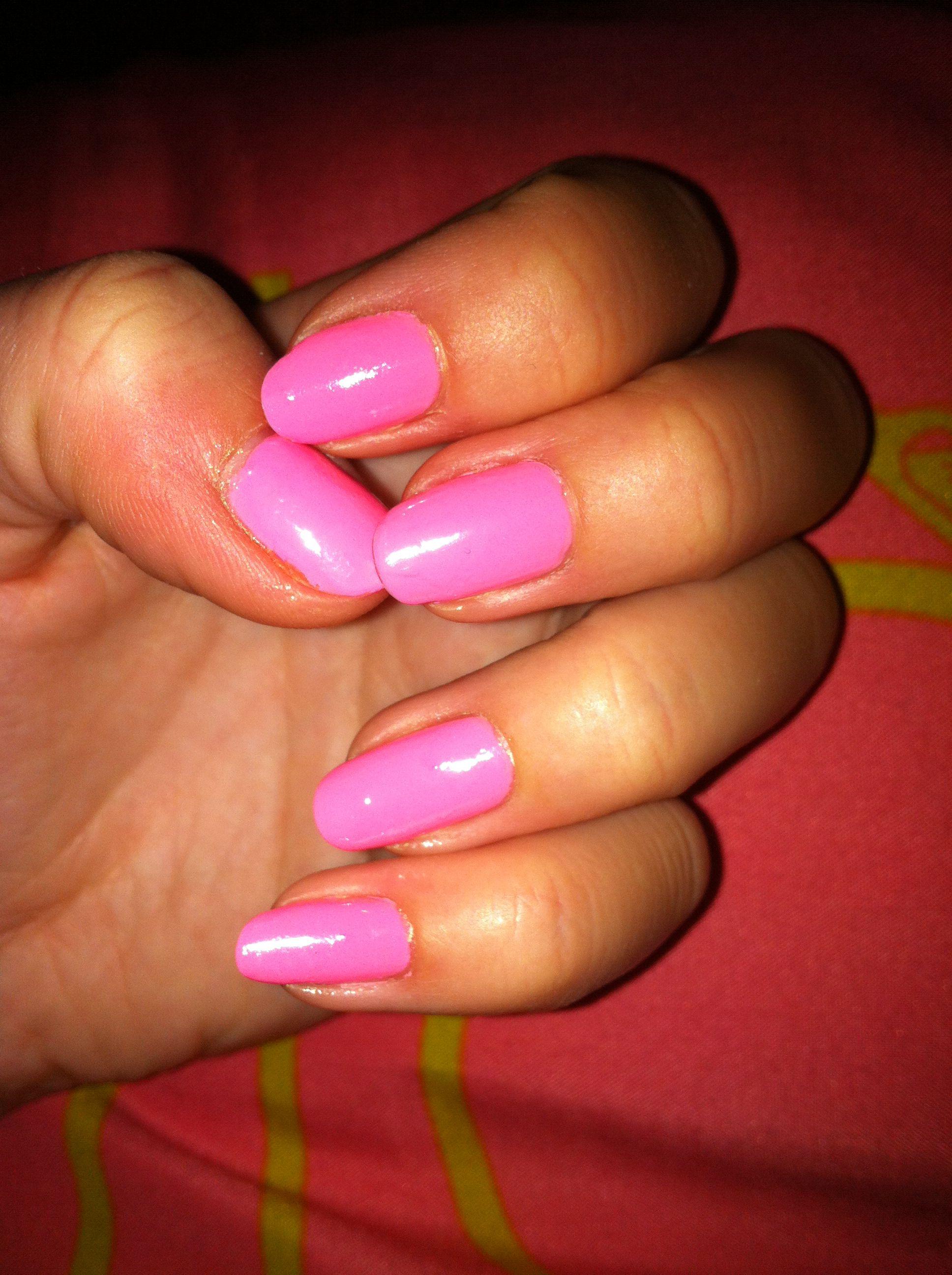 Pink shine, natural nails