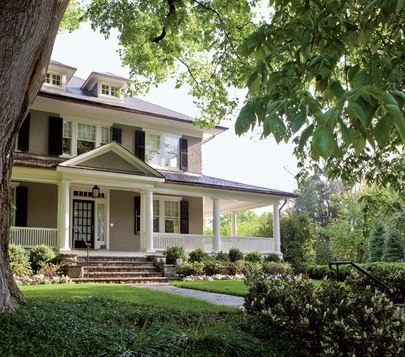 Refreshing A Century Old Foursquare House Exterior Craftsman Farmhouse Farmhouse Exterior
