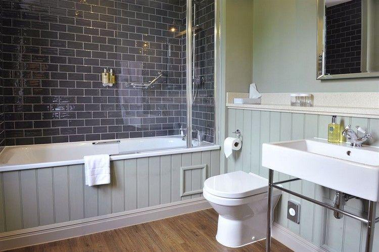 Awesome Salle De Bain Avec Baignoire Gallery Amazing House - Modele de salle de bain avec baignoire