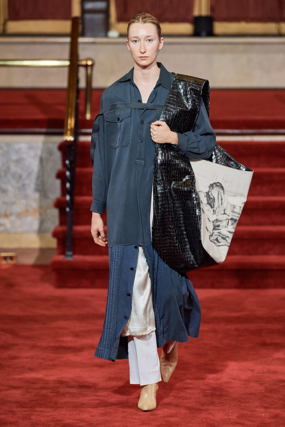 Creatures of the Wind Spring 2020 Ready-to-Wear Fashion Show#creatures #fashion #ready #readytowear #show #spring #wind