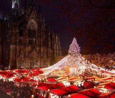 Colonia, Alemania. Conoce los destinos que mejor visten la navidad en http://cupon.com.co/revista/mejores-destinos-para-navidad/