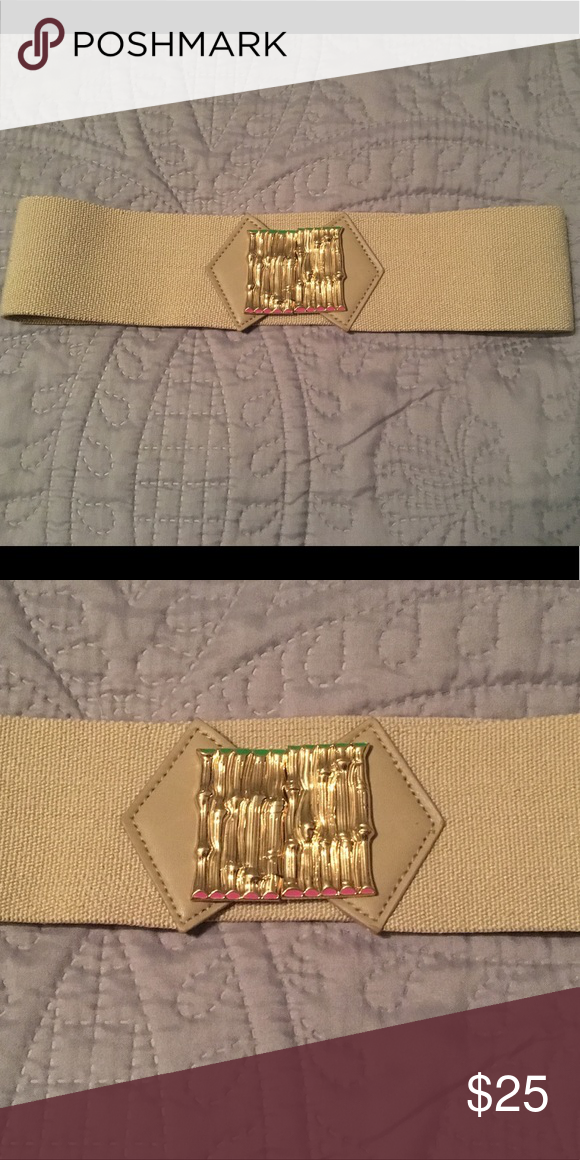 Lilly Pulitzer Tan Stretch Belt NWOT NWOT. This is the perfect belt to pair with a dress or complete that fabulous skirt/shirt combo you picked up. Clips by gold bamboo hook. Lilly Pulitzer Accessories Belts