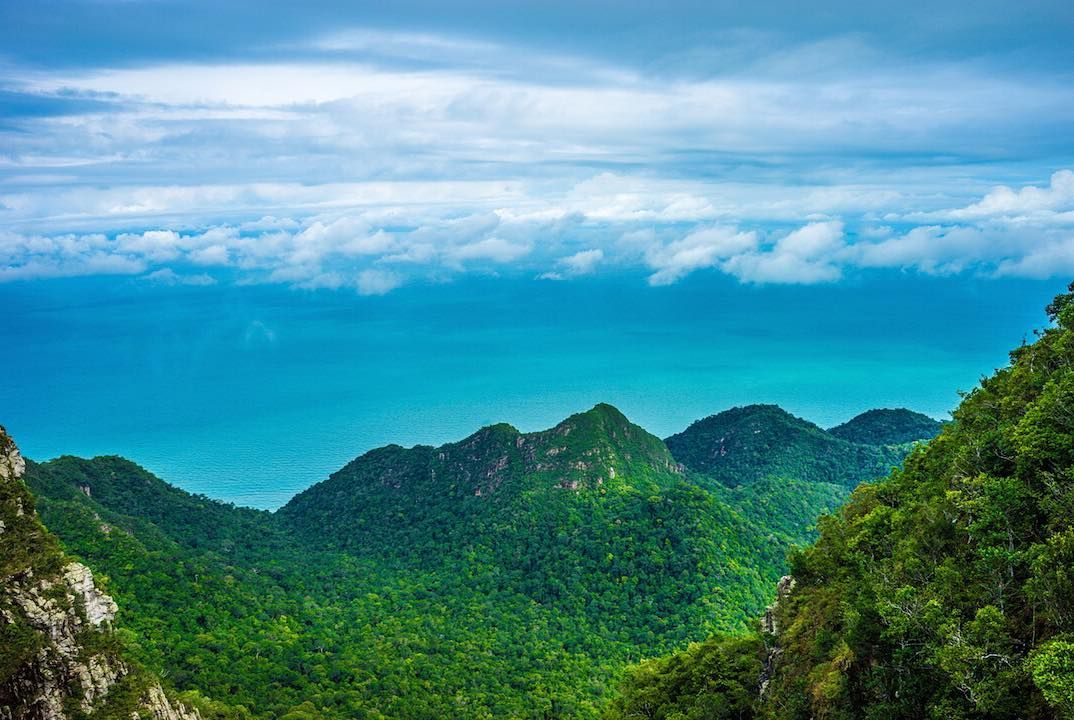 Mountains skies and sea. #trio  #trevellers #TrevellersMalaysia #langkawi by trevellers