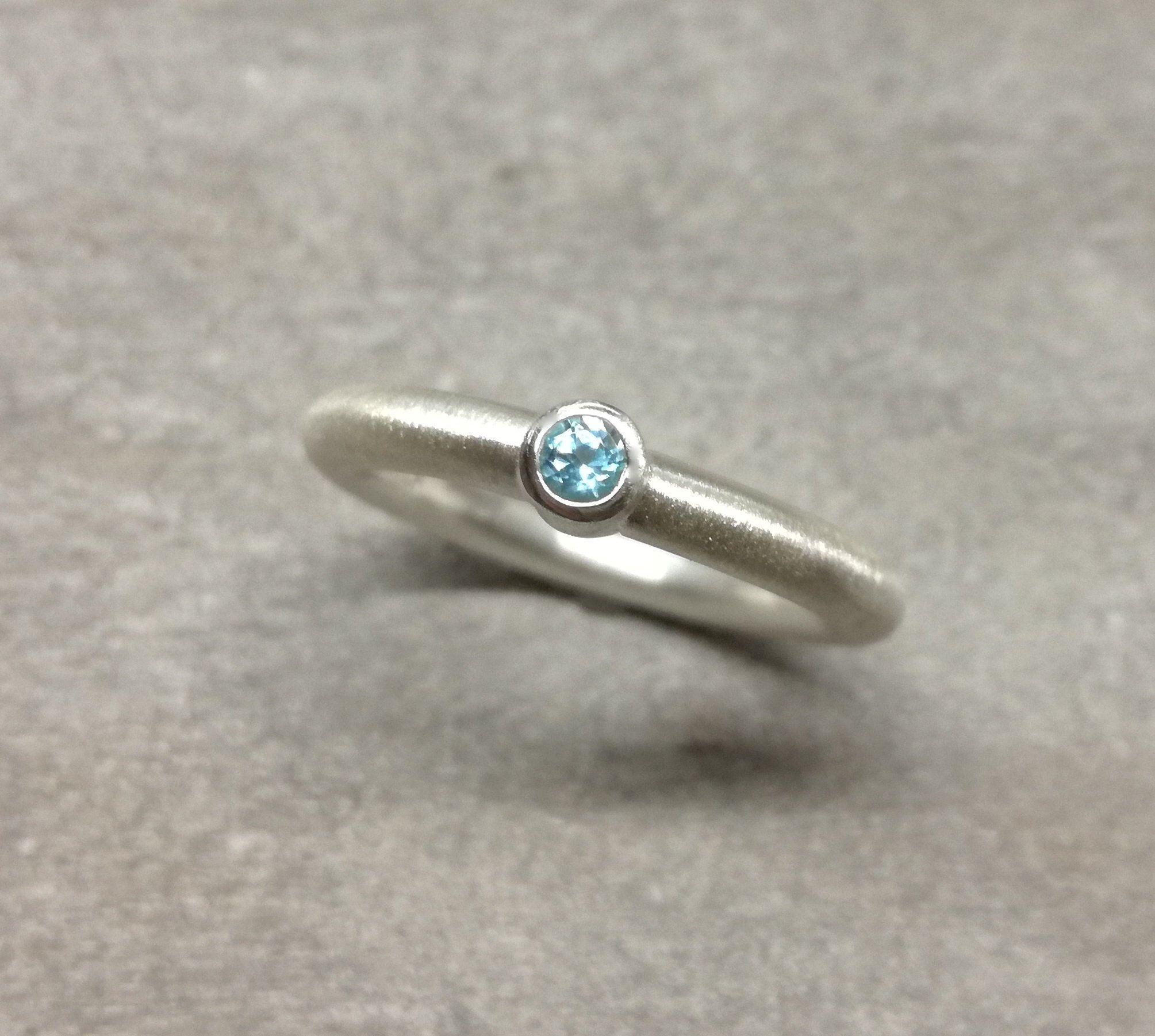 Silberring Mit Blautopas Schmal Dezent Ansteckring Verlobungsring