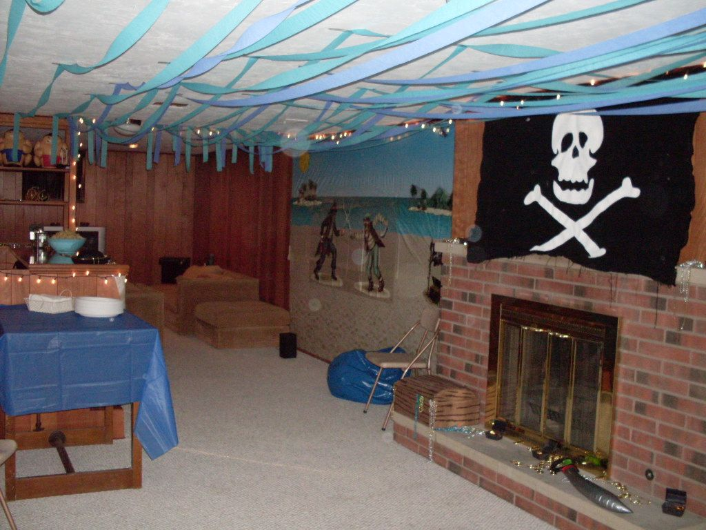 Pirate Themed Decorating Ideas Part - 33: Party Streamers Decorating Ideas