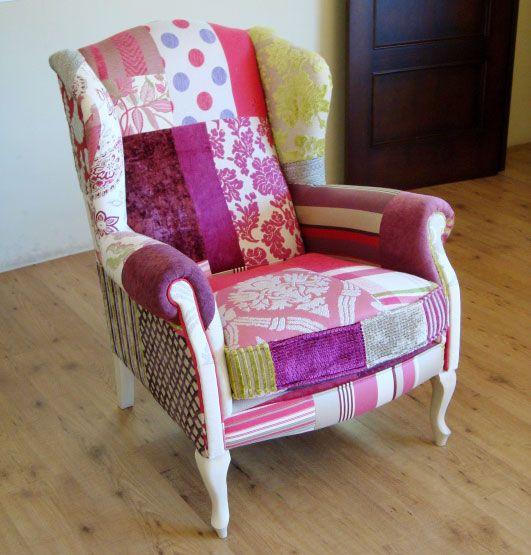 Muebles orejero patchwork violeta for Sillones orejeros tapizados
