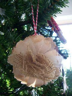 Paperiah: Merry Christmas! (Tutorial, too!)