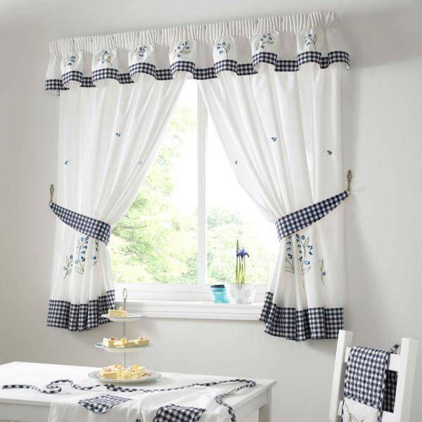 Small Living Room Furniture Ideas Small Spaces Decorating Ideas White Summer Curtain Designs Gi Disegni Della Tenda Tende Da Cucina Arredamento Salotto Piccolo #summer #curtains #for #living #room