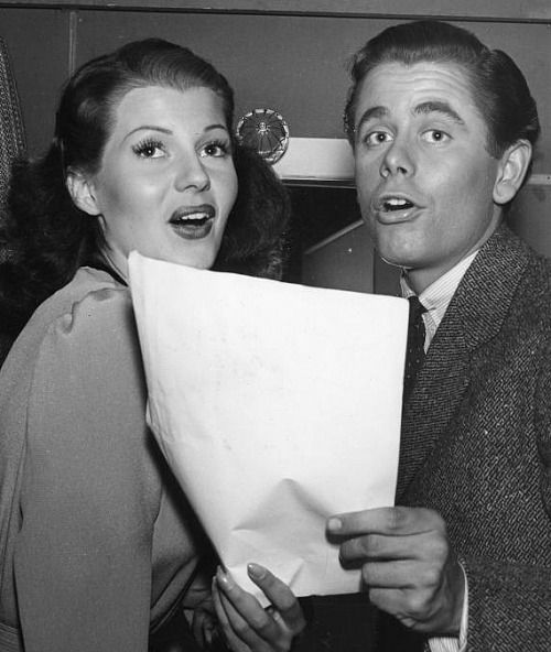 Mrglennford Glenn Ford And Rita Goof Around With Their Script On The Set Of The Lady In Question 1940 Rita Hayworth Classic Hollywood Rita