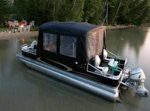 d71127213a Half camper enclosure for pontoon boats. #pontoonboats #avalonpontoons