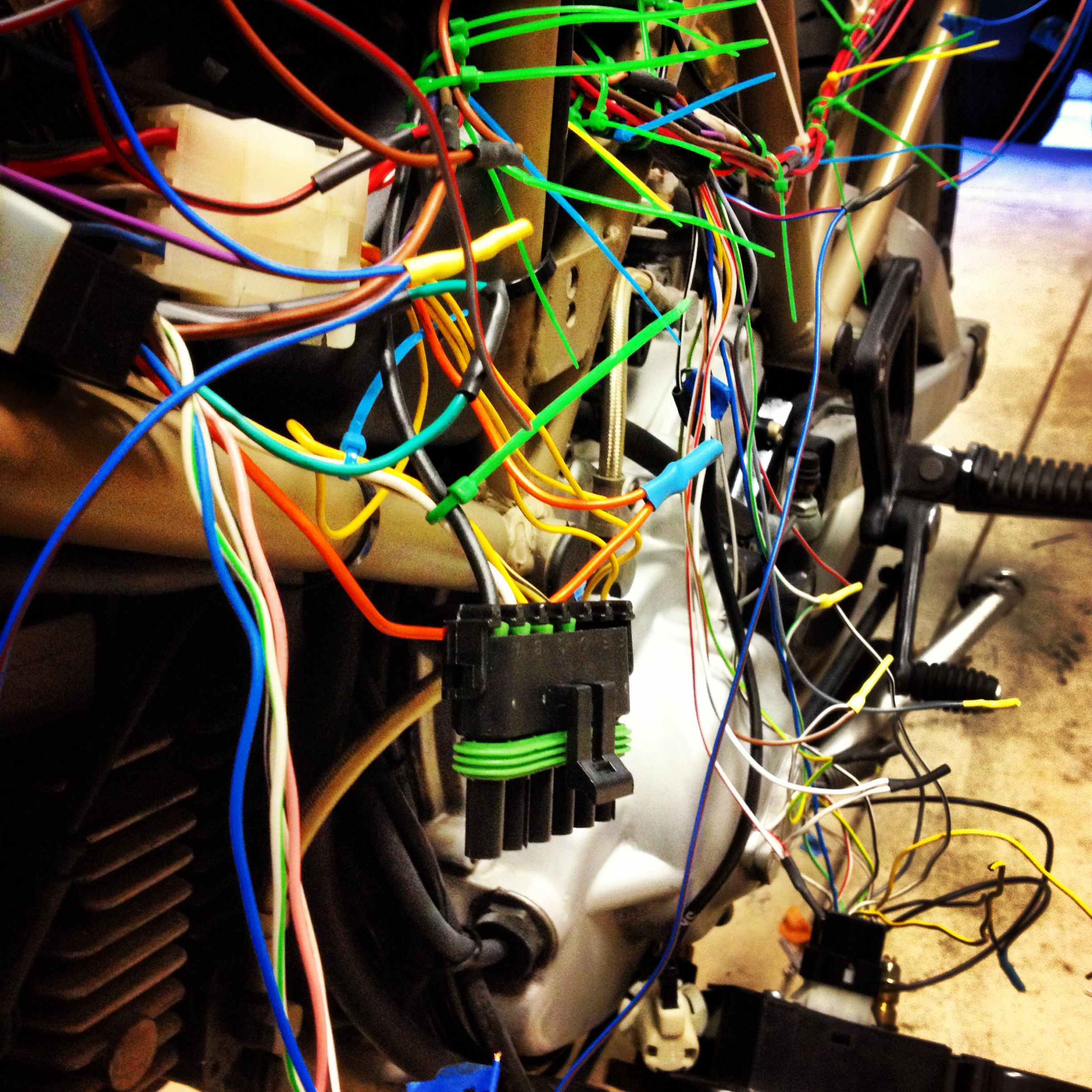 building the new wire harness to move the fuse box and relays under the seat  [ 2448 x 2448 Pixel ]
