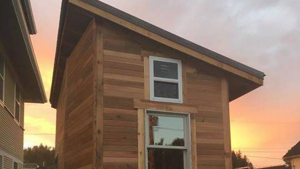 Wrap this 20K Burlington tiny house in a big red bow