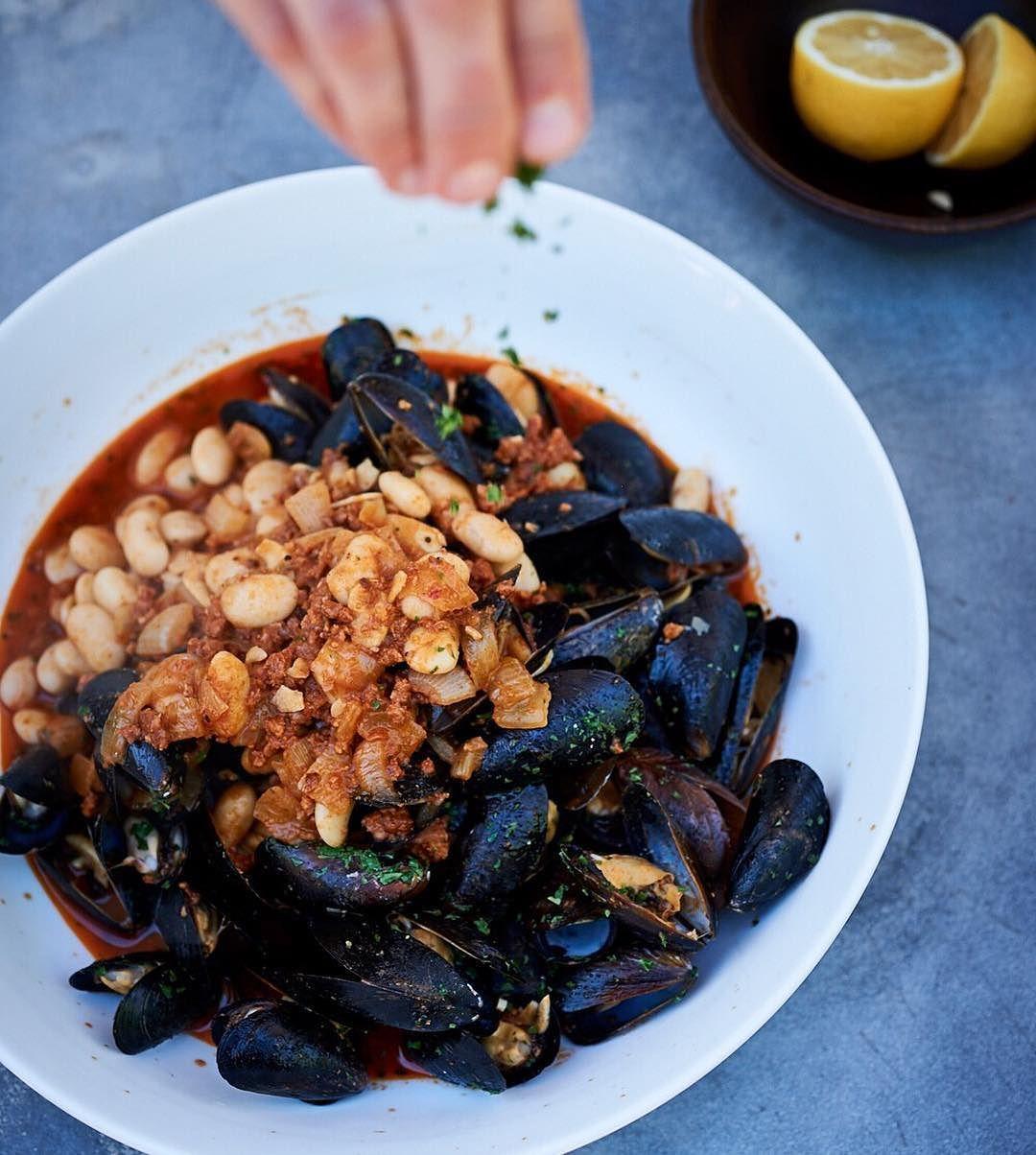 Spanish Tapas-Inspired Mussels photo