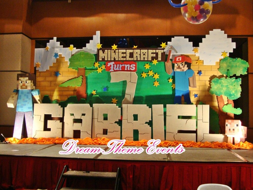 Minecraft Party Decorations Minecraft Centerpiece Table Centerpieces Pinterest