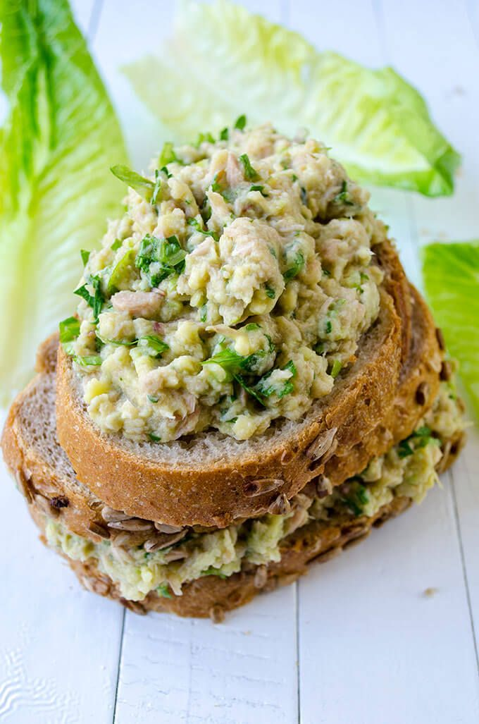 how to make tuna salad with avocado