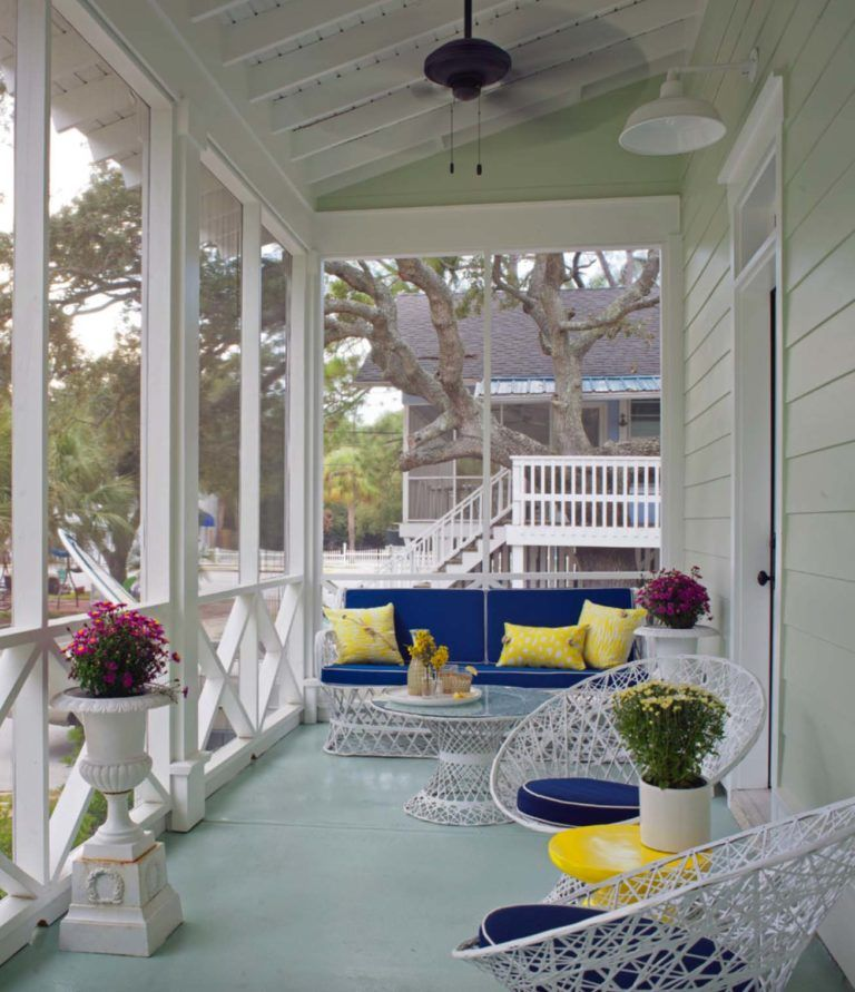 One Kindesign: 38 Amazingly Cozy And Relaxing Screened Porch Design Ideas