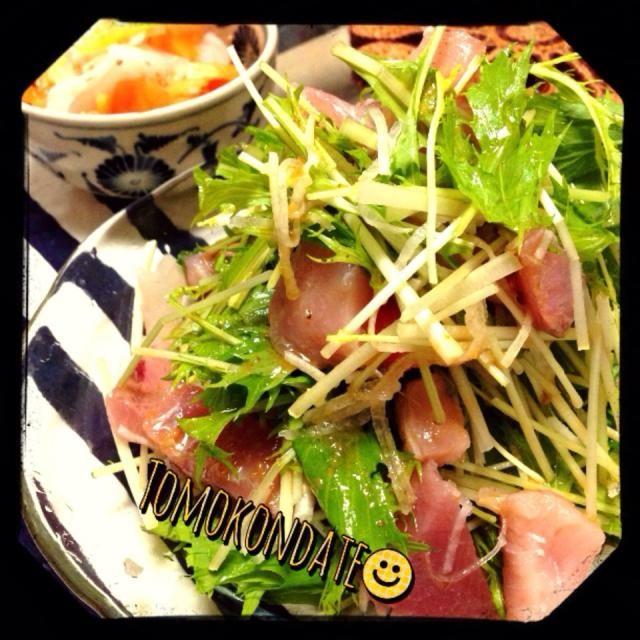 お刺身もサラダも食べたかったら一緒にしたらえーねん! - 205件のもぐもぐ - お刺身サラダと柿と大根の酢の物 by tomokondate