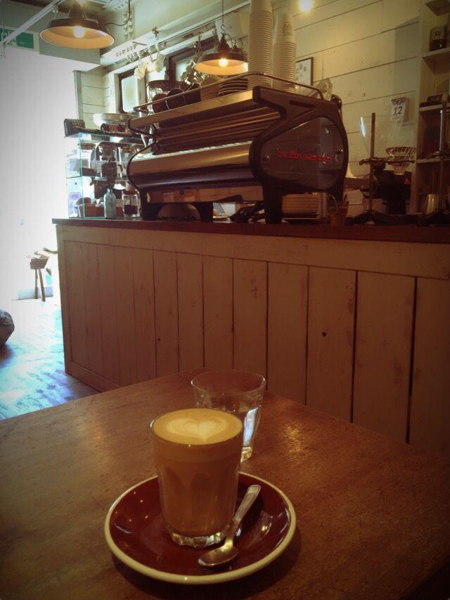 奥沢 ONIBUS COFFEEのカフェラテ(シングル)♡