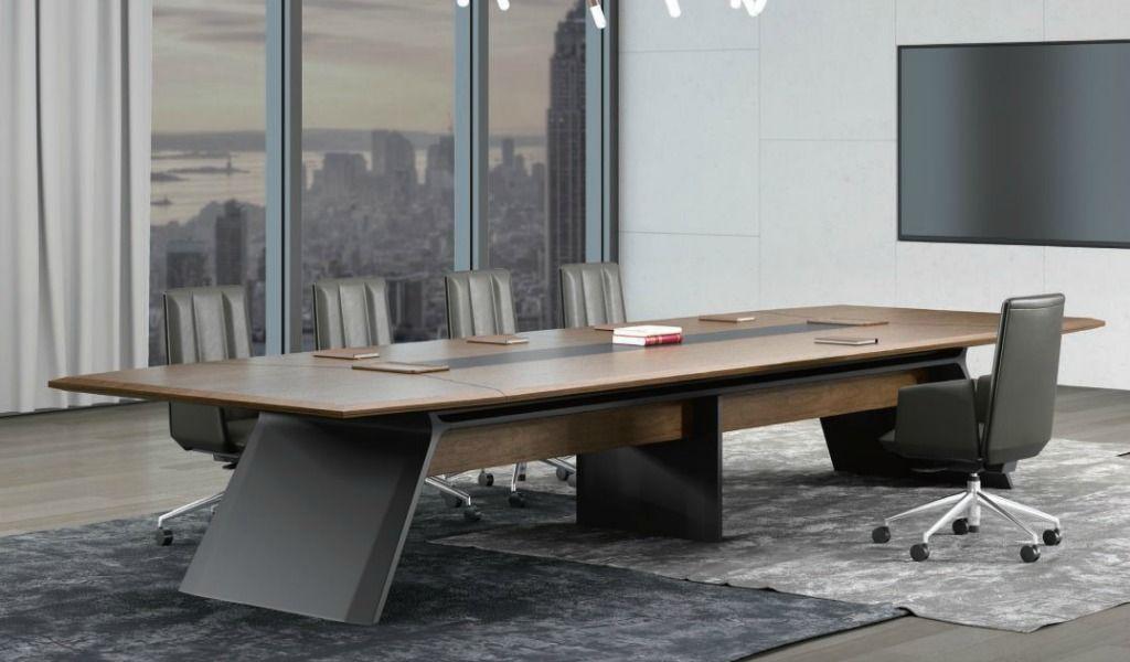Director S Table In Rich Walnut Veneer Office Tables Online Boss Scabin Office Table Design Boardroom Table Italian Office Furniture