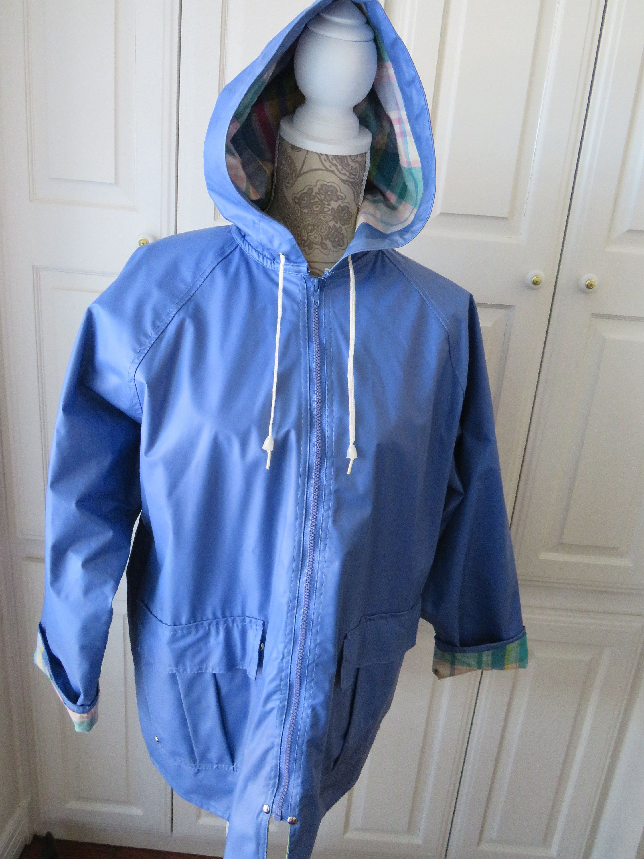 Vintage Periwinkle Blue Vinyl Rain Jacket By Misty Harbor Size Medium Zipper Hooded Lined Jacket Coat Macintosh Mac Rain Gear Unisex In 2020 Rain Jacket Vintage Clothes Women Periwinkle Blue