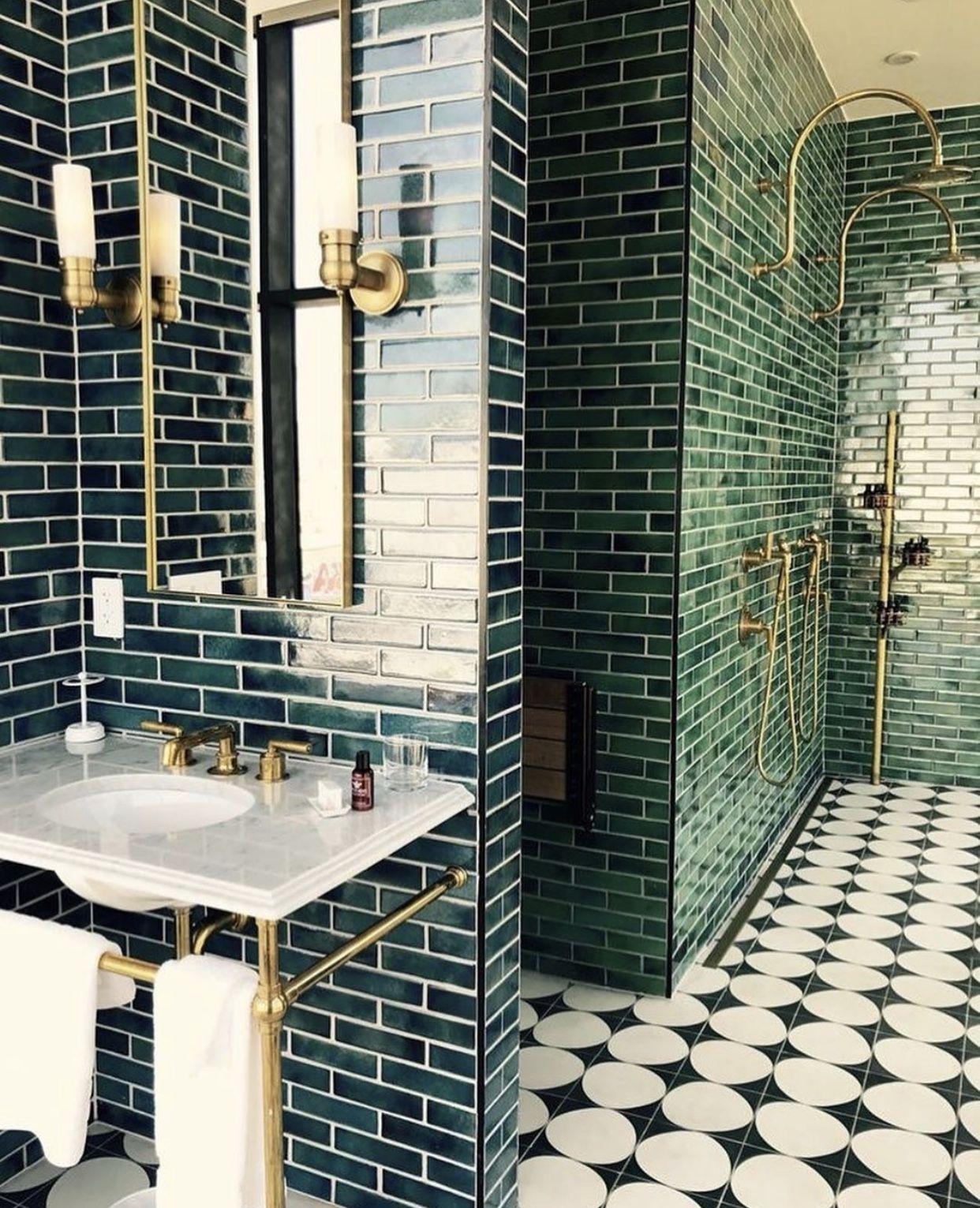 Instagram Kellishomestyle White Bathroom Tiles Bathroom Interior Design Bathroom Tile Designs
