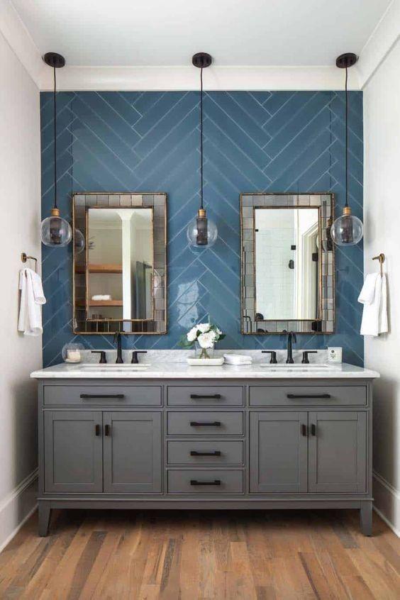 +60 Beautiful Bathroom Mirror Design Ideas #restroomremodel