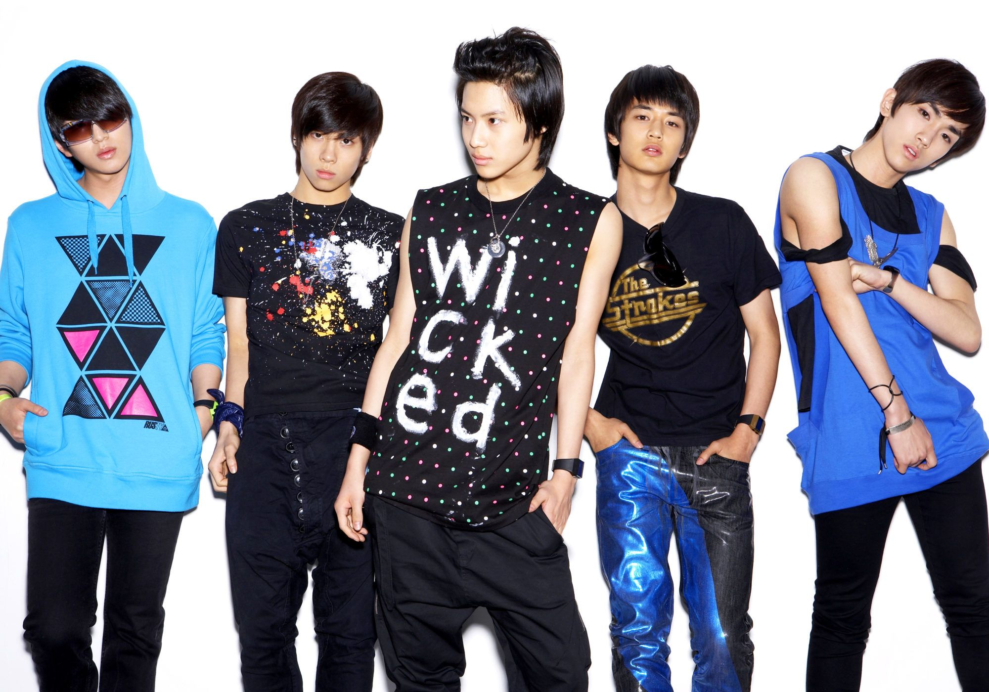 K Pop Groups That Debuted In 2008 Shinee Womens Black Jacket Shinee Debut