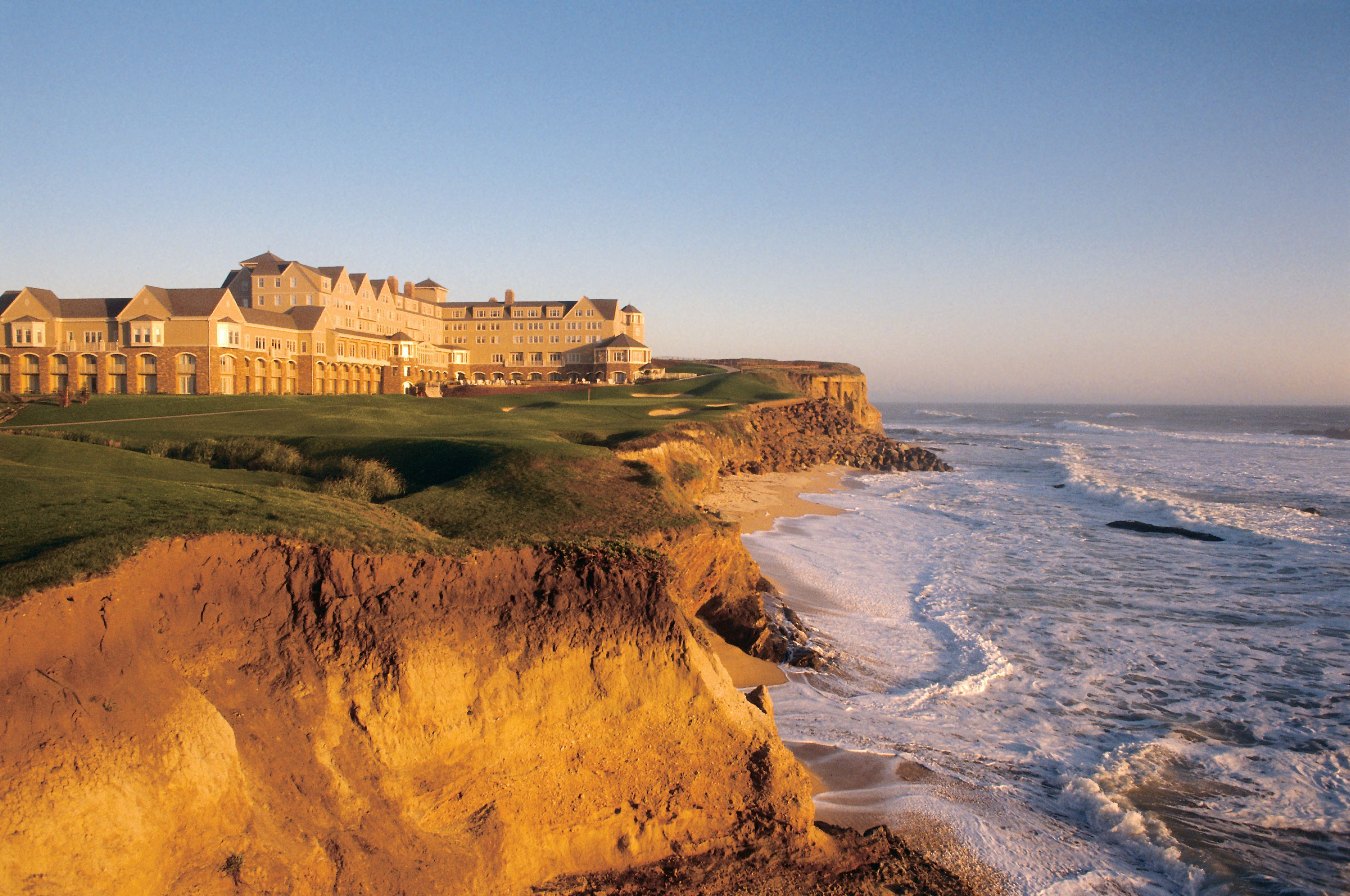 Ritz Carlton Halfmoon Bay California Out Of All The Hotels I Ve Been To And I Ve Traveled A Lot Half Moon Bay Ritz Carlton Half Moon Bay Hotels And Resorts
