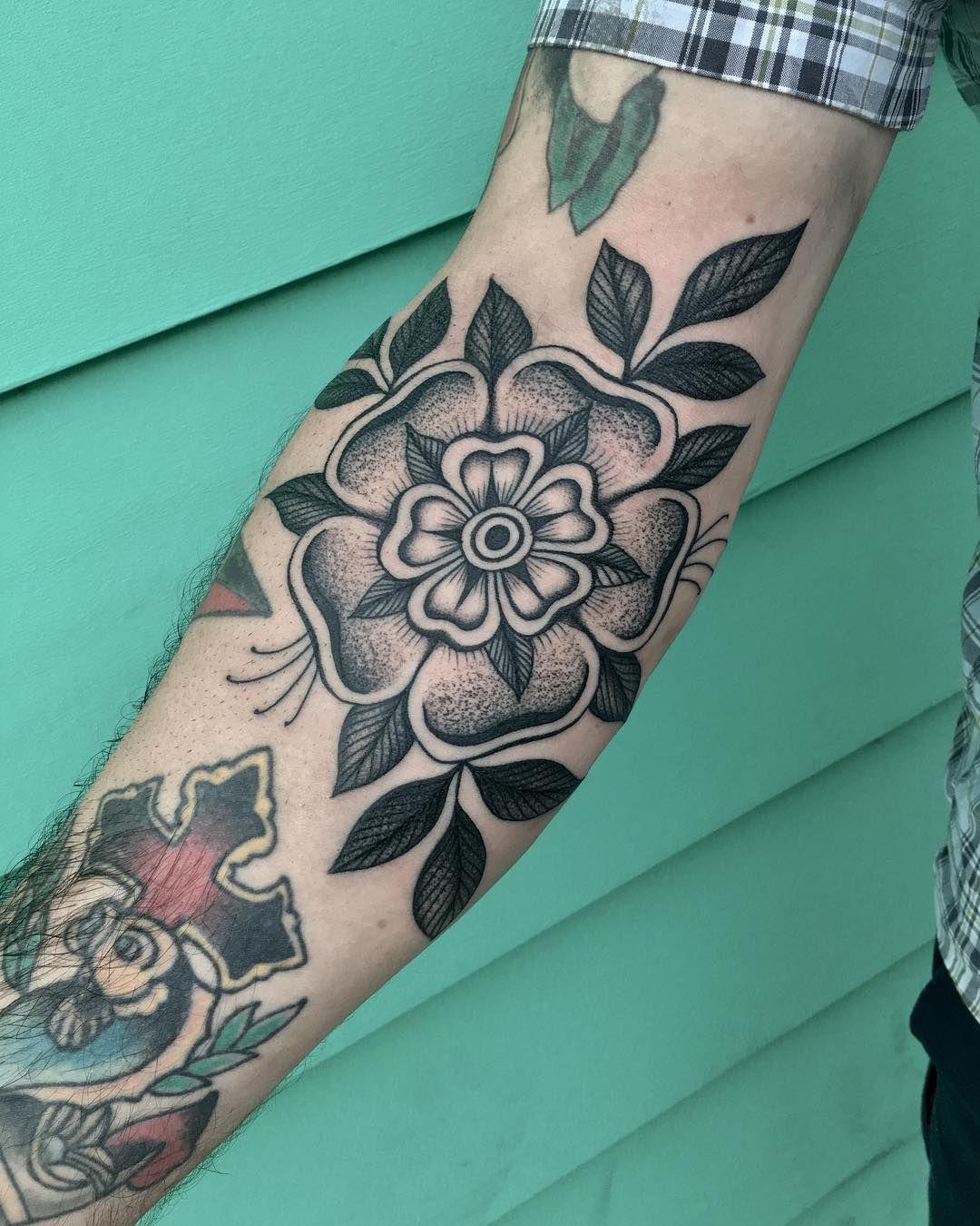Freehand Tudor Rose Justin Olivier Tudor Rose Tattoos Tudor
