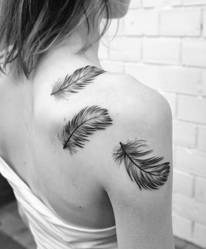 8e924dbe7741d Upper back and shoulder feather tattoo | Tattoo | Feather tattoos ...