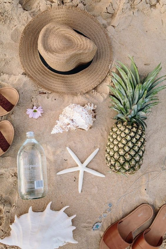foto de Beach Slippers Hat Summer vibes Inspo More on