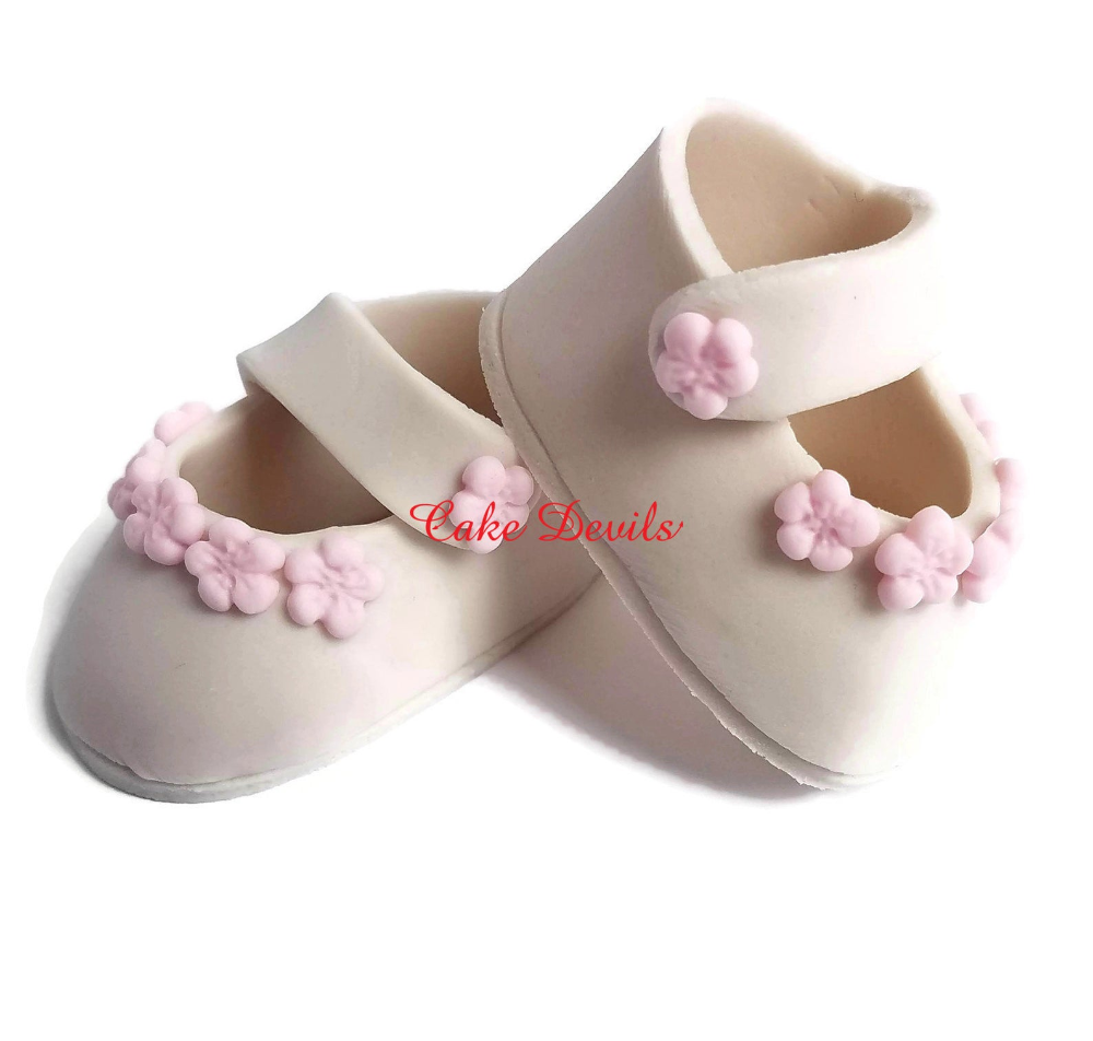 Baptism Or Christening Shoes Baby And Toddler Model B010 Etsy In 2021 Christening Gowns For Boys Christening Shoes Baby Boy Christening