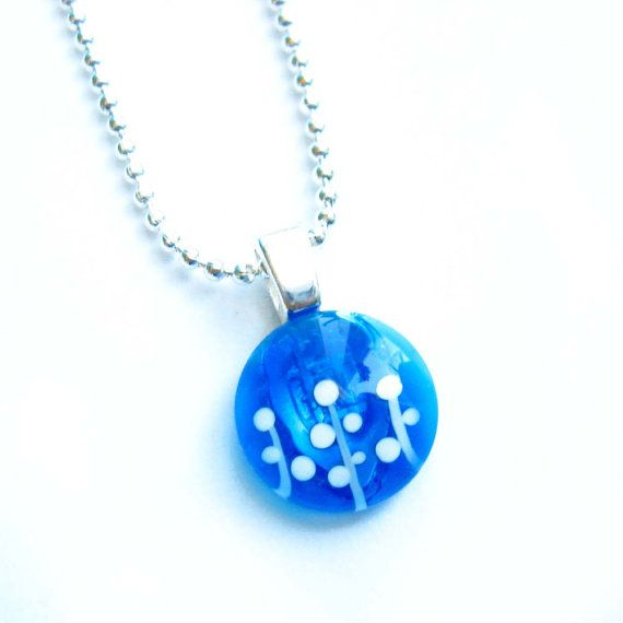 Blue and white foliage pendant  hand painted glass  par azurine, $20.00