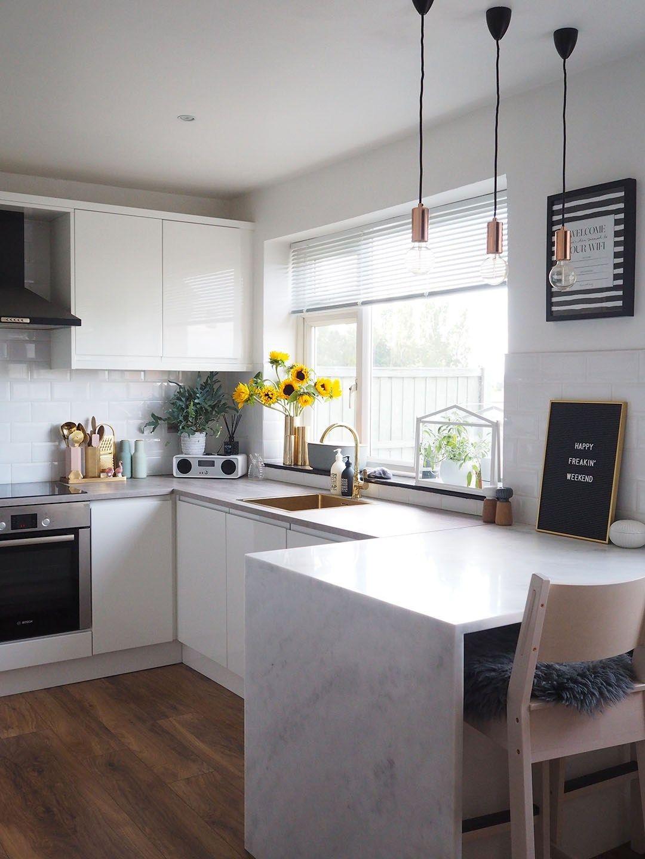 Scandi Kitchen Galley kitchen design, Scandi kitchen, G