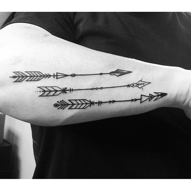 Nuoli Tatuointi