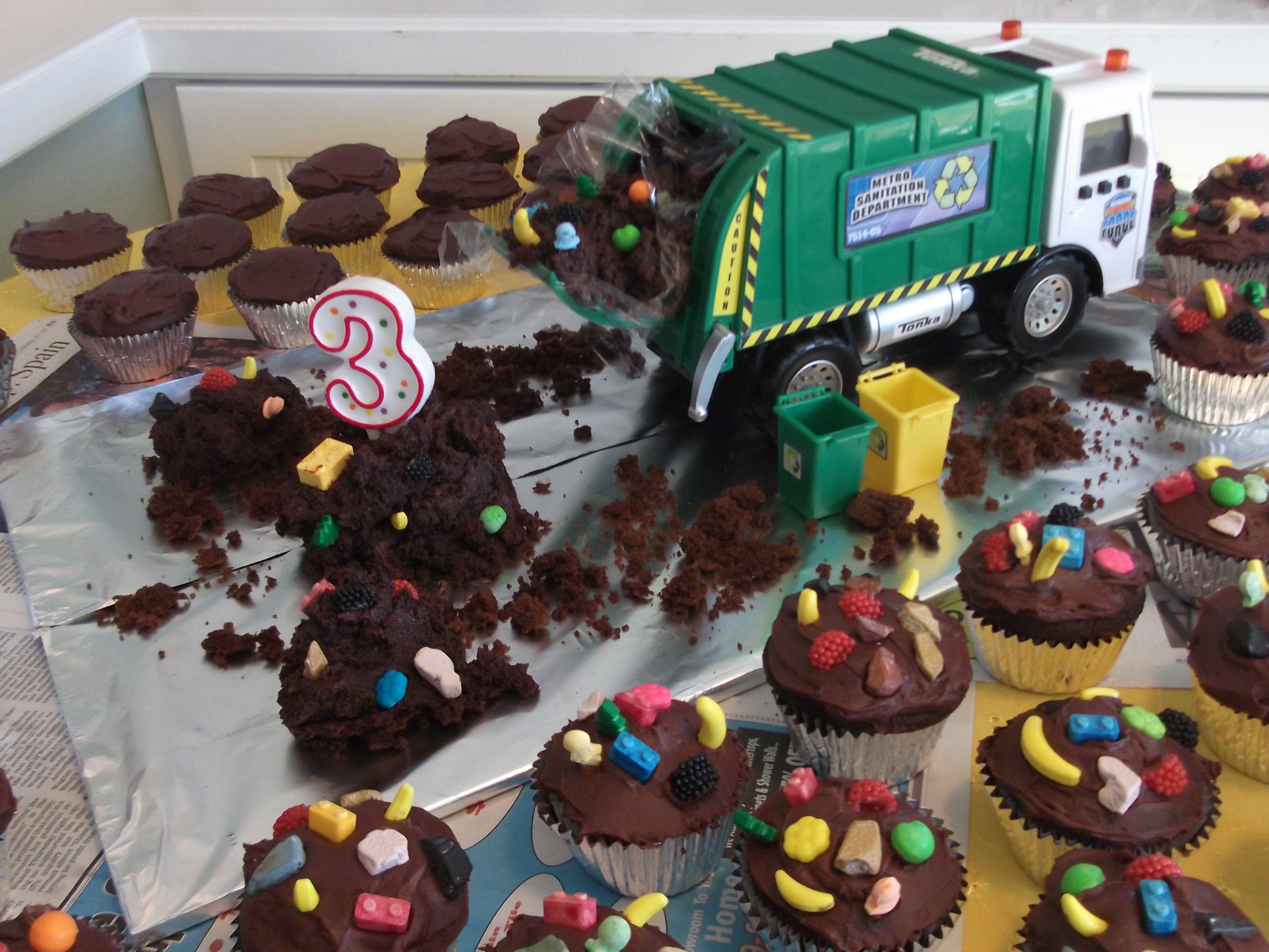 Garbage Truck CakeCupcakes Garbage Truck Party Pinterest