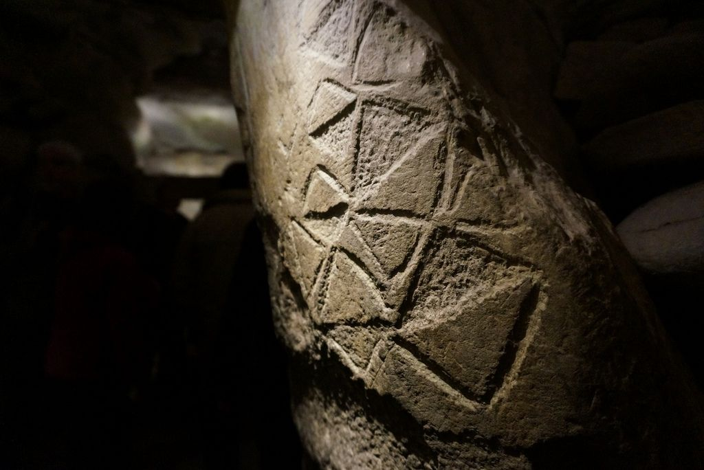Interior Newgrange Neolithic Art Ancient Cultures Art History Lessons