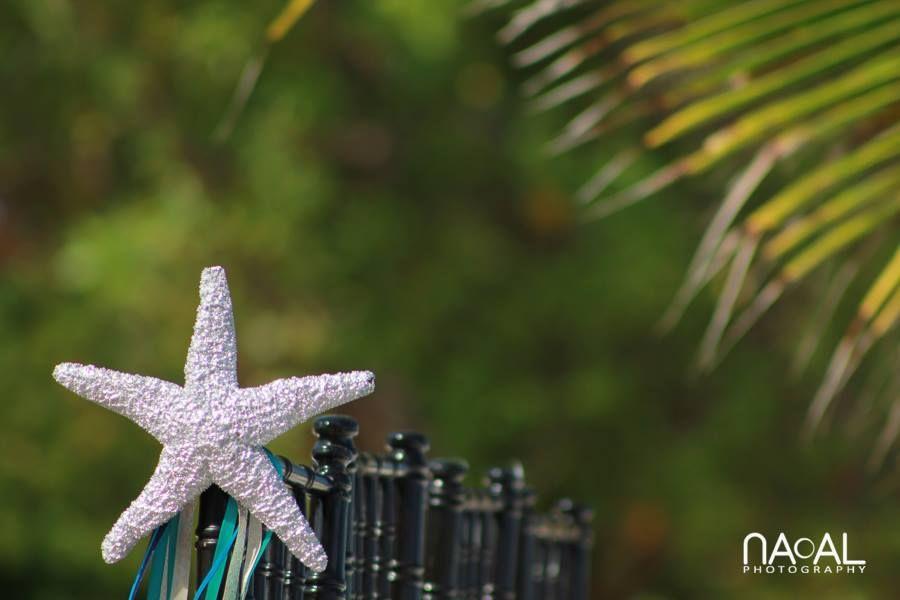Ceremony decor details, perfect for your Destination wedding #beachwedding #destinationweddinginmexico