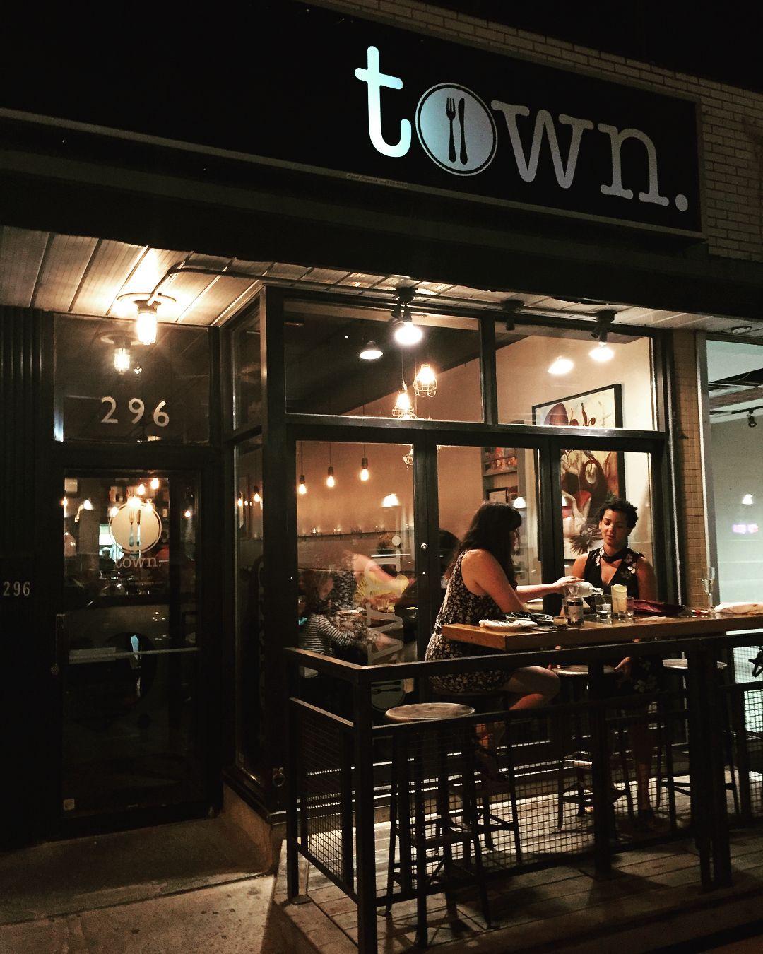 31 Amazing Ottawa Restaurants That Aren't In The ByWard Market | Ottawa restaurants, Restaurant, Ottawa
