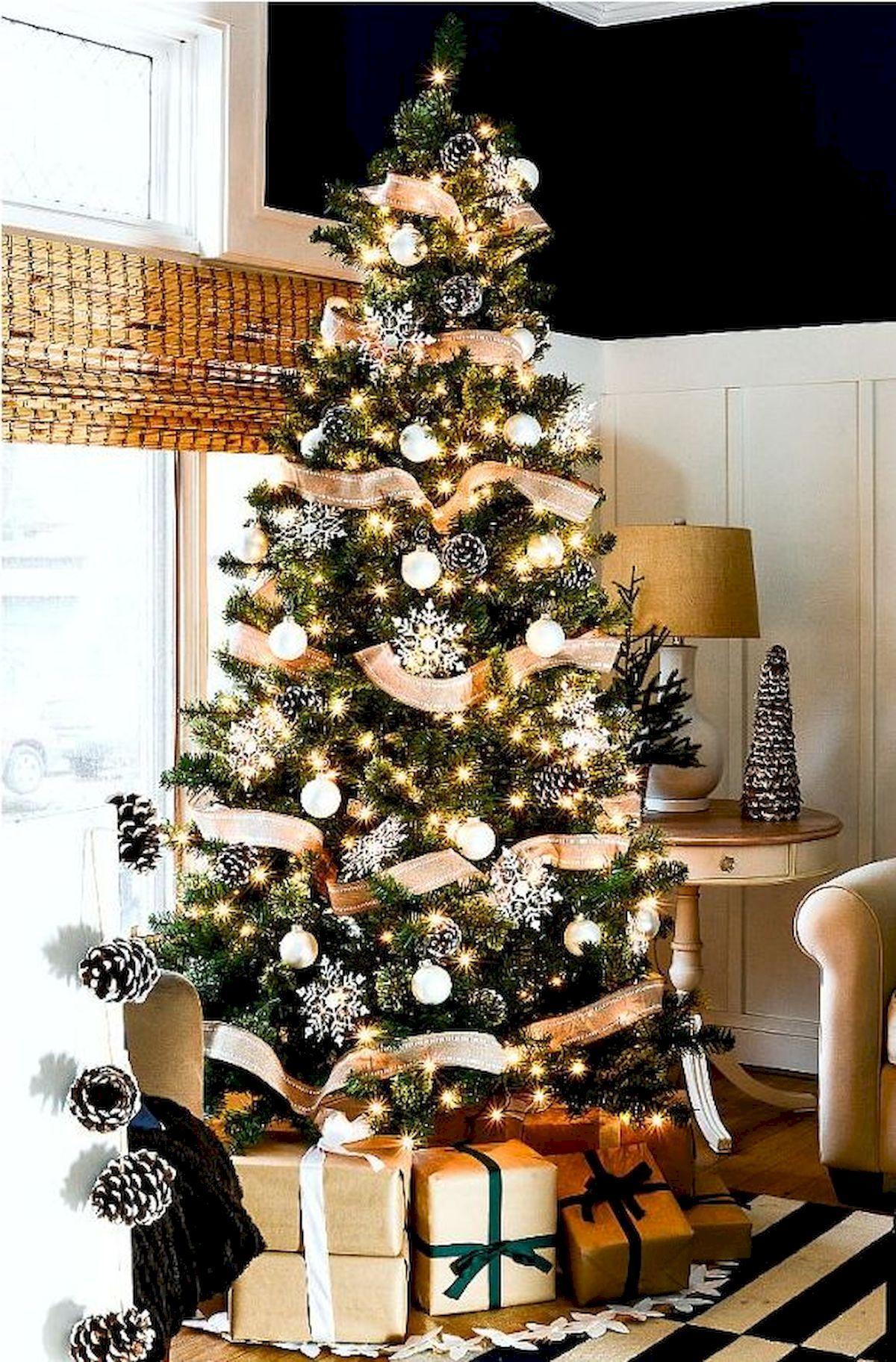 80 Beautiful Christmas Tree Decorating Ideas You Should Try Dekorasi Rumah Dekorasi Dan Rumah