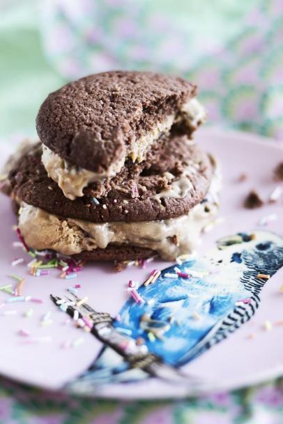 Lakritsi-jäätelökeksit