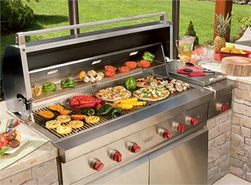 5 Outdoor Kitchen Ideas for Small Spaces - Werever Outdoor ... |Outdoor Kitchen Freestanding Grill