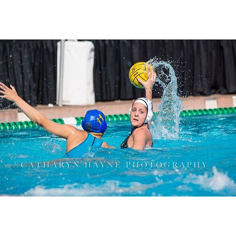 Be at Spieker at 5:00 or watch on @pac12conference as @calwwpolo faces @uclawaterpolo ! @calathletics @usawp #GoBears #sportsphotography #wasserball #canonsports #canon #sportsphotography #kap7 @kap7international @usawp @turbo_usa by catharynhaynephoto