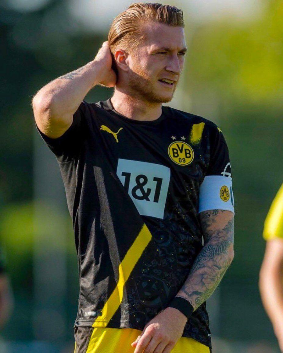 55 Me Gusta 1 Comentarios Bvb Marco Reus Fanpage Bvbmarcoreus En Instagram First Game First Goal After 216 Days Marco Reus Marco Reus Reus Sports