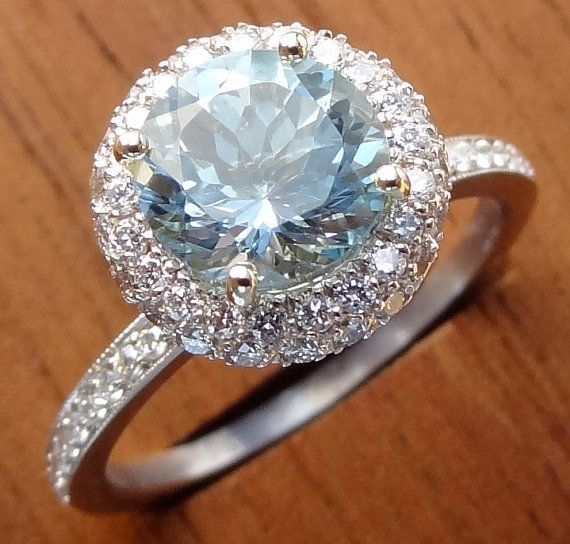 Natural Sky Blue Aquamarine With Diamond Pave Halo Engagement Ring 18k White Gold Gorgeous