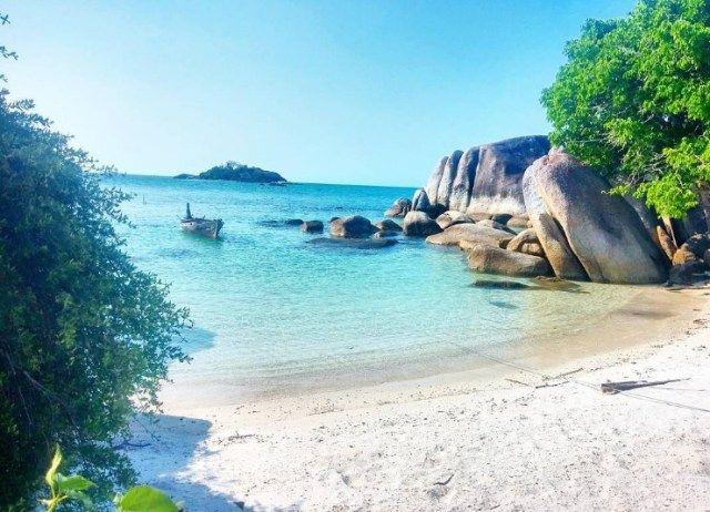 Keindahan Pasir Putih Wisata Pantai Tanjung Kelayang Wisatasenibudaya Com Pantai Pemandangan Pulau Belitung