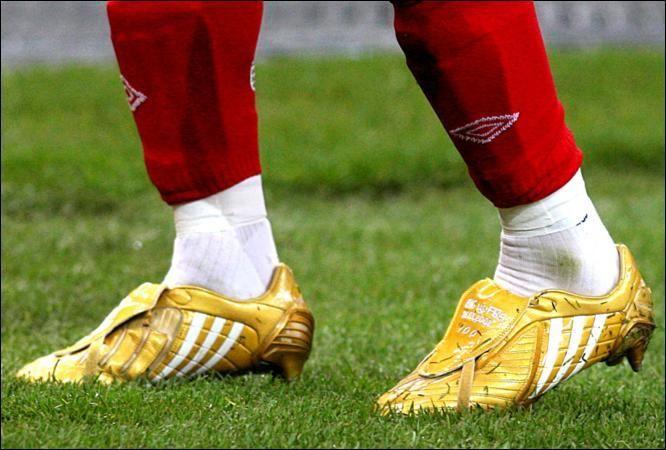 David Beckham 100 Caps Golden adidas Predator