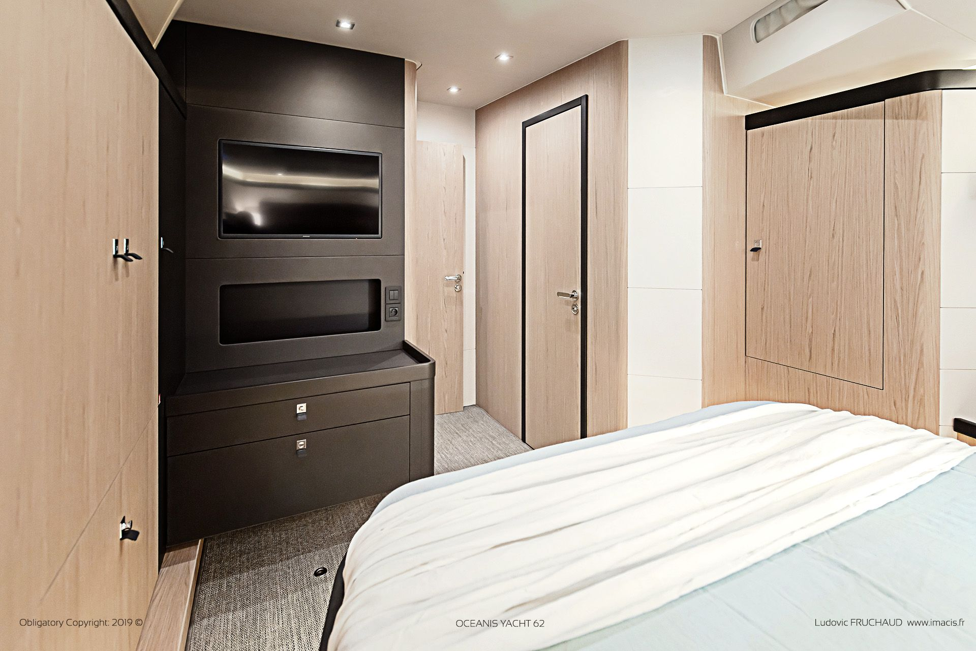 Oceanis Yacht 62 By Imacis Master Cabin Design Nauta Photography Ludovic Fruchaud Imacis Copyright 2019 Beneteau Oceanis Oceanisyacht Oceanis62 Yac